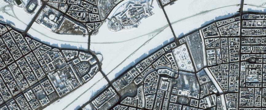 Saint-Pétersbourg, la Néva et la forteresse Pierre-et-Paul